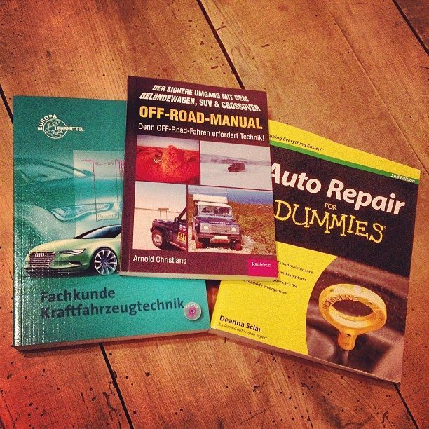 Kfz-Bücher