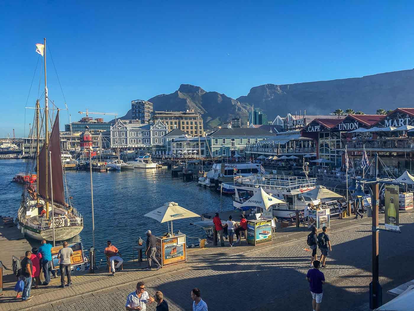 Aussicht auf die Victoria and Alfred Waterfront in Kapstadt