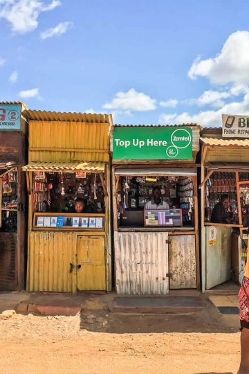 Auf dem Markt in Mpika: die Computer-Abteilung